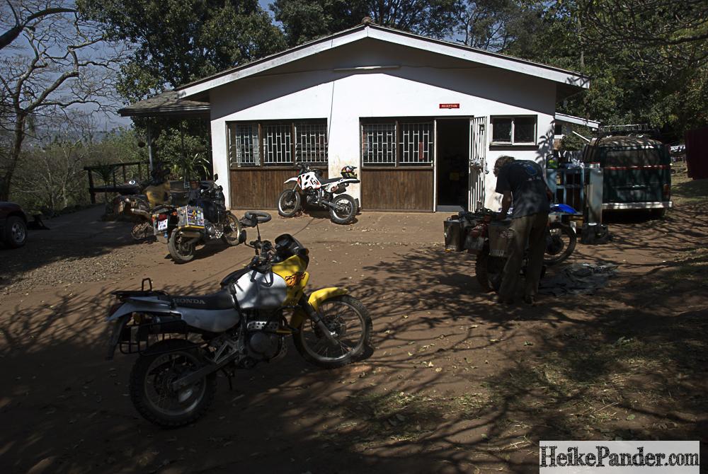 Motorradreparatur, Blantyre, Malawi