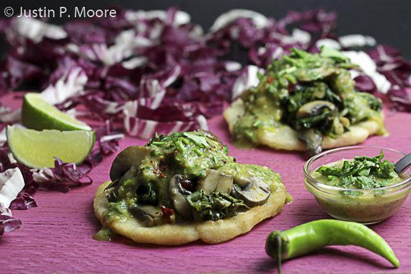 Spinat und Pilze, Justin P. Moore