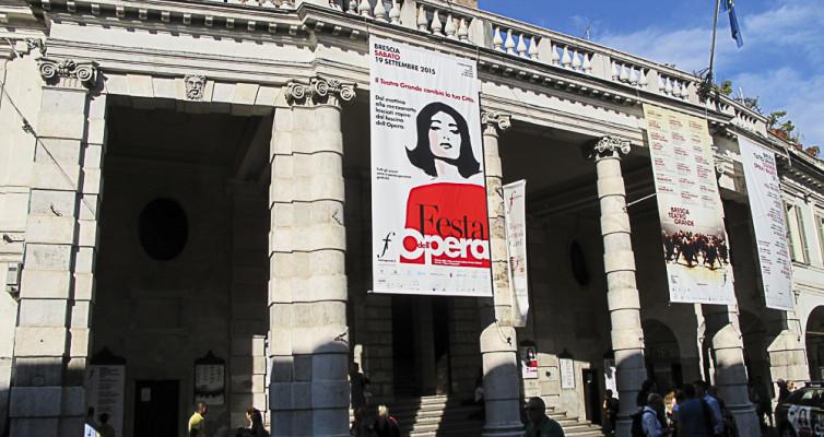 Opernhaus, Brescia