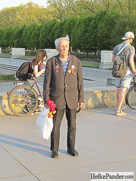Besucher, Ehrenmal, Treptower Park