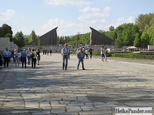 Ehrenmal, Treptower Park